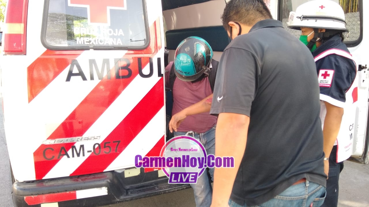 policiacas, noticia, carmen, accidente vehicular - Taxista arrolla a motociclista - policiaca